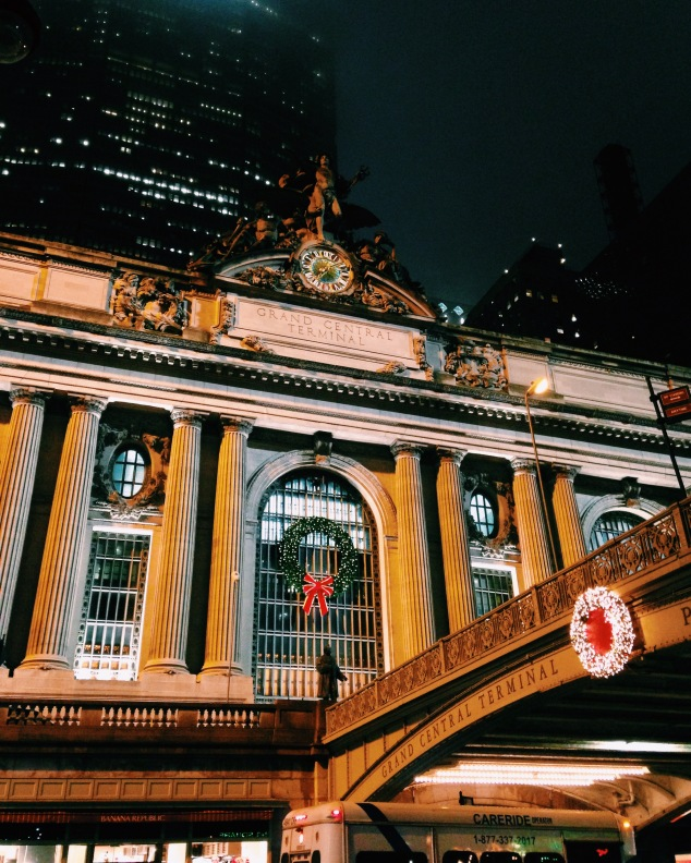 Grand Central Terminal decked out for Christmas, 2015
